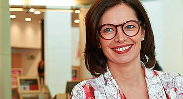 Die Richtigen Brillen Für Ihre Haarfarbe Und Frisur Brille24
